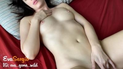 Youjiiz porn tube - Brunette Girl has Intense Loud Morning Orgasm