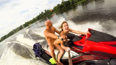 Beeg ava - Anal ride on the jet ski in the city centre