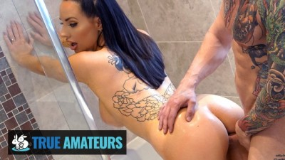 ALT Babe Gets Pussy Creampie In Bathroom - Cheating wife beeg
