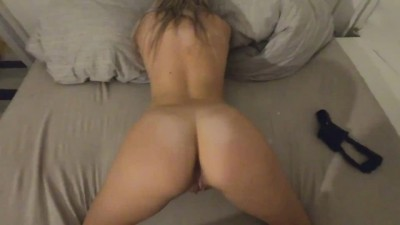 Young Fit Girl Fucked before Bedtime - Hindibeegcom