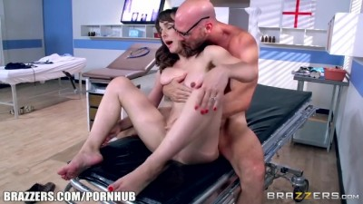 Dirty doctor fucks horny patient