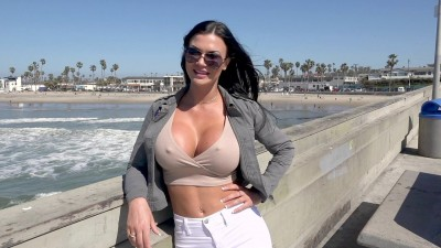 Jasmine Jae Is A Uk Beauty That Wants To Experience American Dick