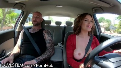 Krissy Lynn Offers Ride Shares on Boober Public