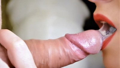 I Give a Close up Blowjob and Huge Cumshot in my Mouth