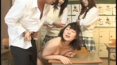 Asian Chick Loves Sucking Cock