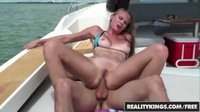 Fit Tan Blonde Sunset Diamond Loves Hard Anal and the Outdoors